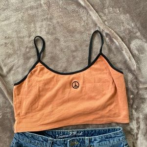 UO Ribbed Cropped Top